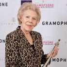 Dame Janet Baker receives her Lifetime Achievement Award