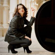 Khatia Buniatishvili - joins Sony (photo: Julia Wesely)