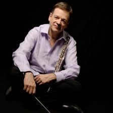 Nicholas Daniel will receive The Queen's Medal for Music