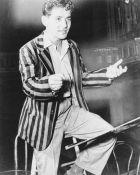 Leonard Bernstein (photo Tully Potter)
