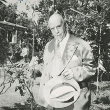Sir Thomas Beecham in his garden at Cap Ferrat (Photo: © EMI Archives)