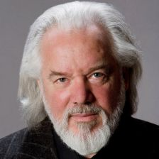 Bass Sir John Tomlinson received the RPS Gold Medal