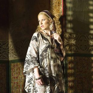 Sally Matthews as the Countess in Glyndebourne's new Figaro (photo: Alastair Mui